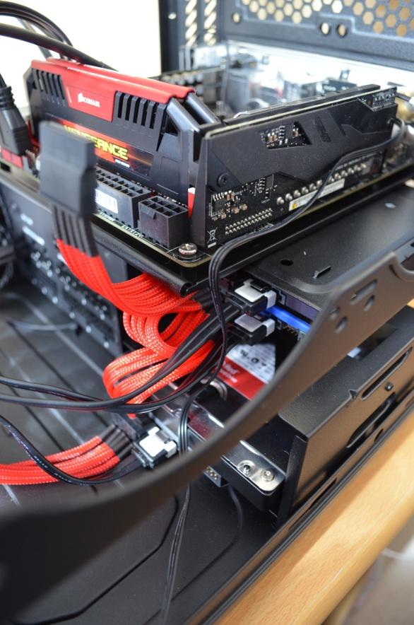 Individually Sleeved Sata Cable