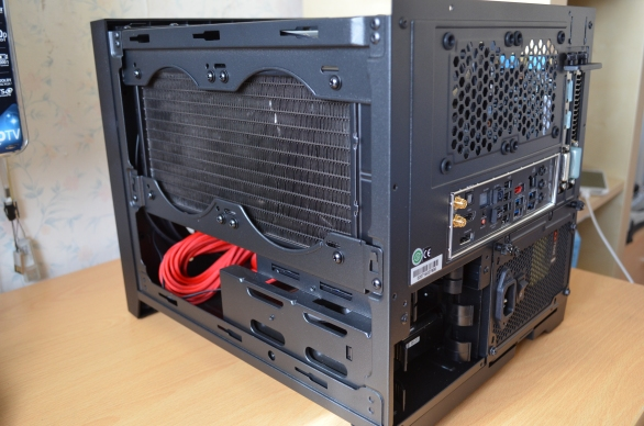 Side View H100i